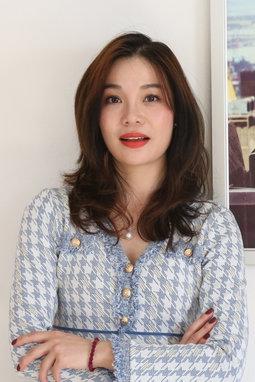 Miss.Kacily Yang